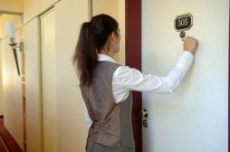 Шумоизоляция в отелях: требования, технологии, порядок работ